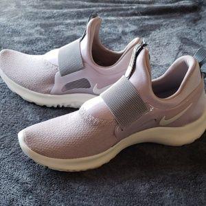 "Nike ""Renew Freedom"" womans sneakers"